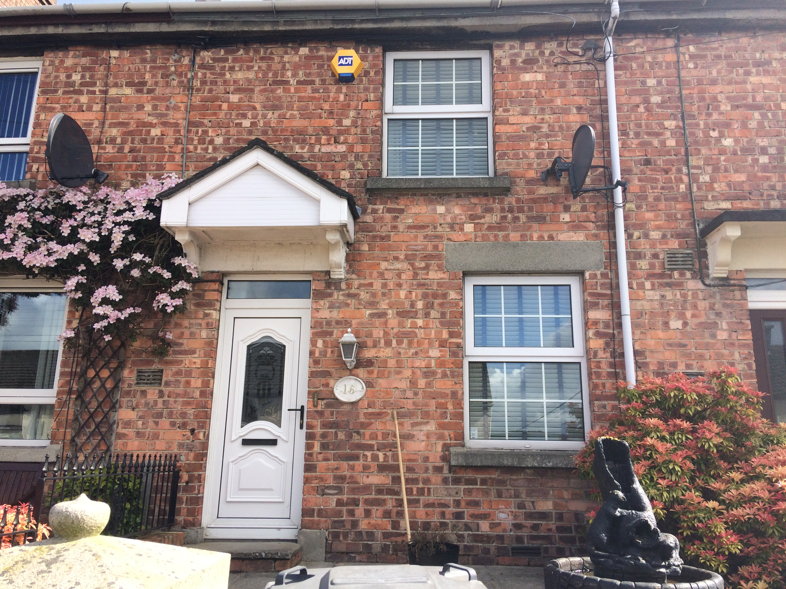 property to rent in o'neill avenue newry